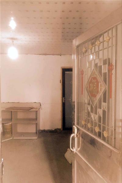 客廳里隔出一間小房間作為廁所